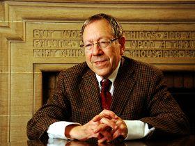 加拿大前任司法部长、资深国会议员、国会法轮功之友副主席欧文•考特勒(Irwin Cotler)