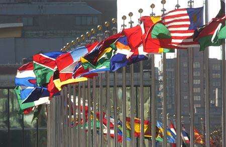 各国国旗(联合国图片)